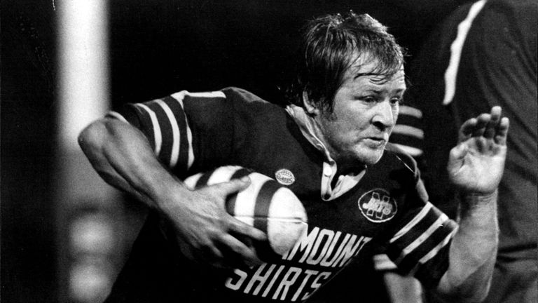 Tommy Raudonikis in action for Newtown in 1982