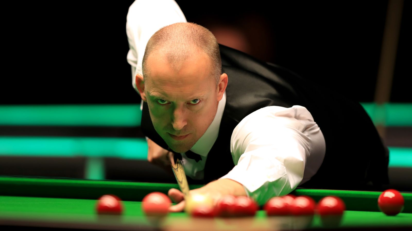 World Seniors Snooker Championship: Jimmy White dethroned by David Lilley at Crucible