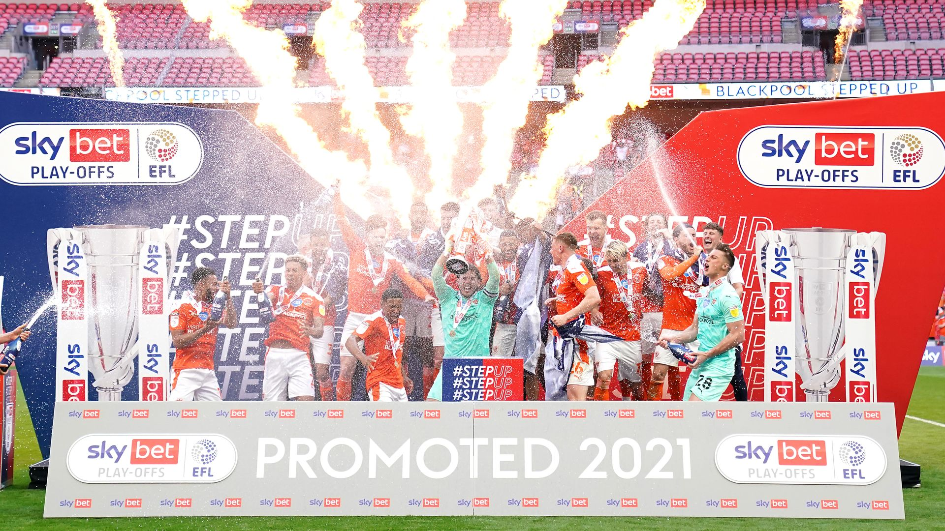 Blackpool seal promotion to Championship