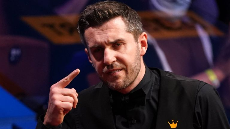 Mark Selby is closing in on his fourth world snooker title
