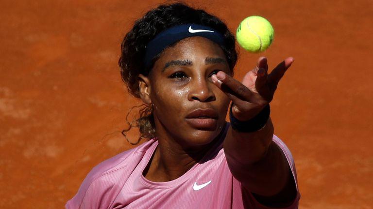 Serena Williams beaten by Nadia Podoroska in 1,000th career match at Italian