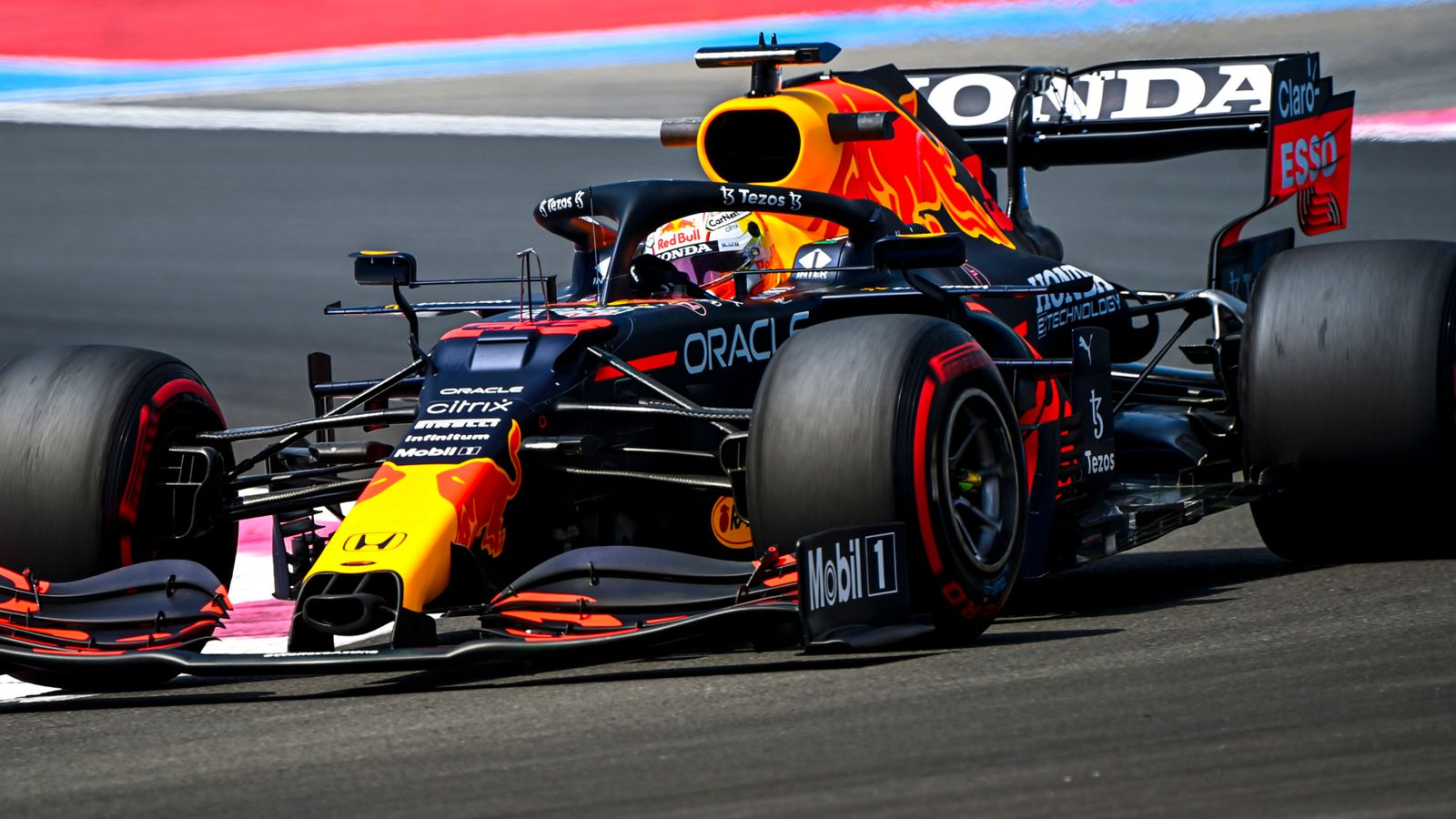Max Verstappen wins French GP and extends title lead after late overtake on Lewis Hamilton