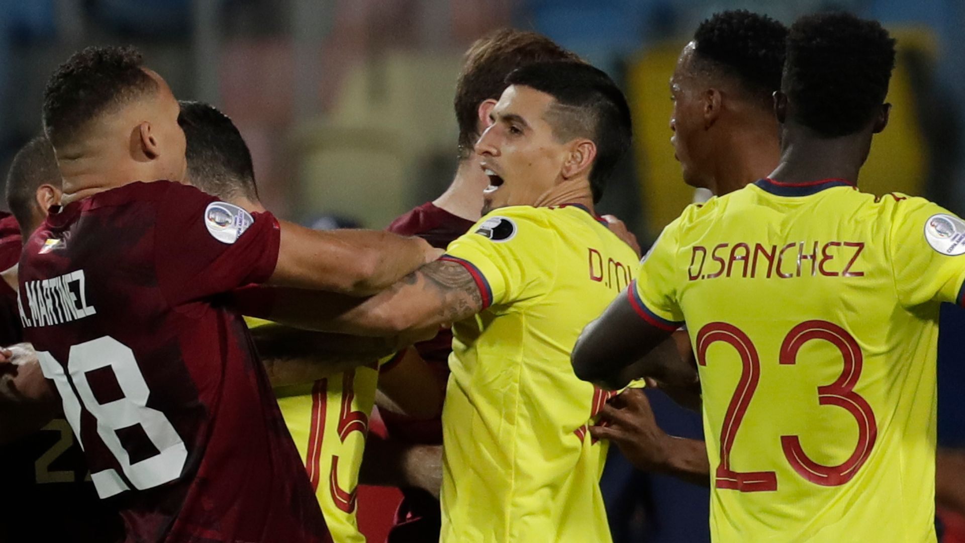 Venezuela hold Colombia in stalemate