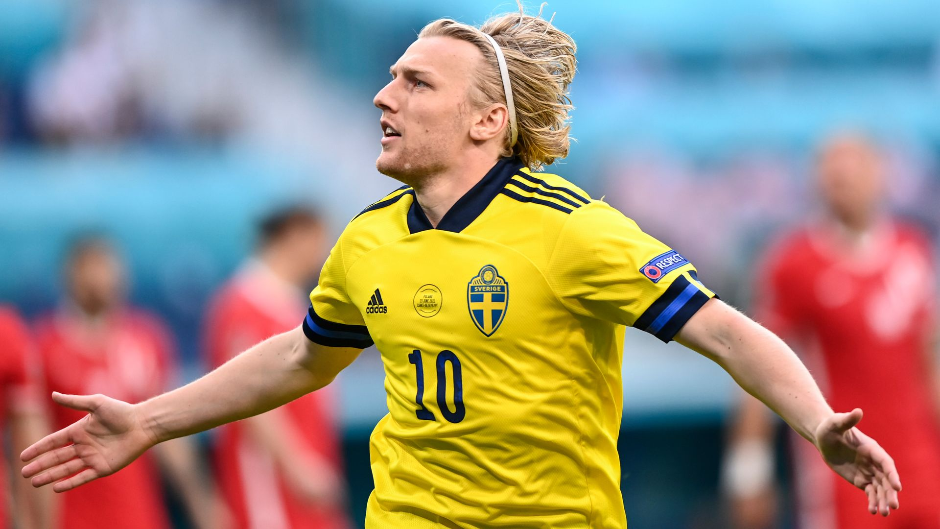 Sweden seal top spot in Group E; Poland out LIVE!