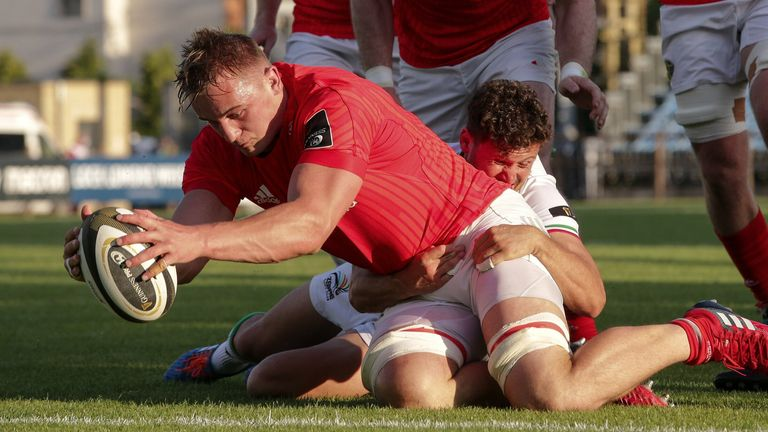 Gavin Coombes led the way for Munster with four tries