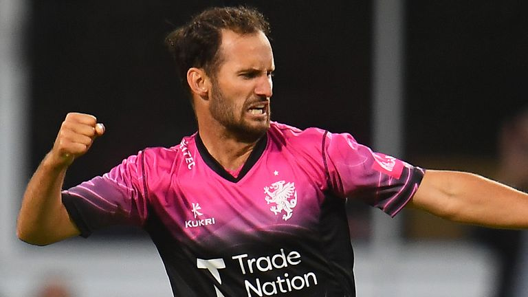 Lewis Gregory took four wickets for Somerset amid heavy fog in Canterbury