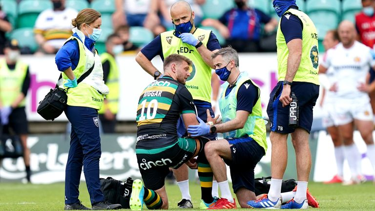 Biggar received medical attention before leaving the pitch with an injury on Sunday