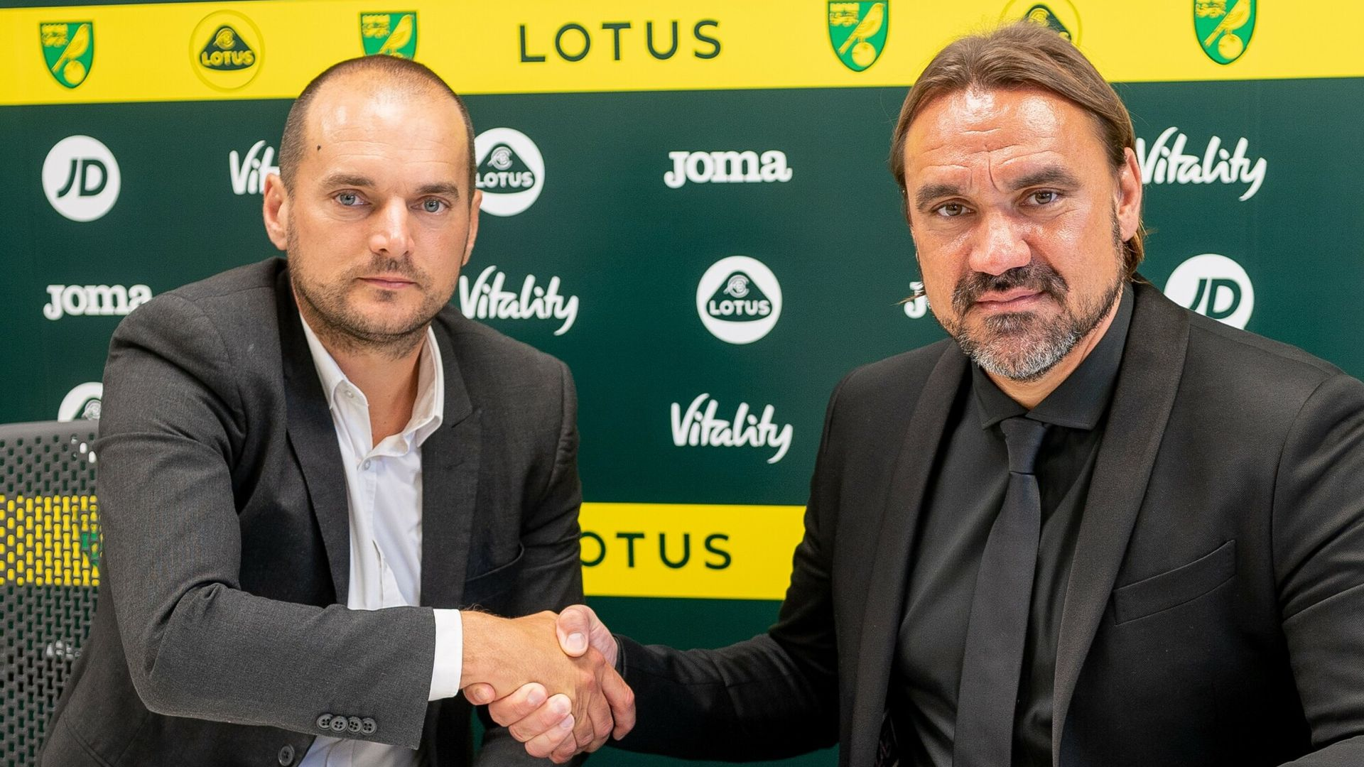 Farke signs new four-year Norwich contract