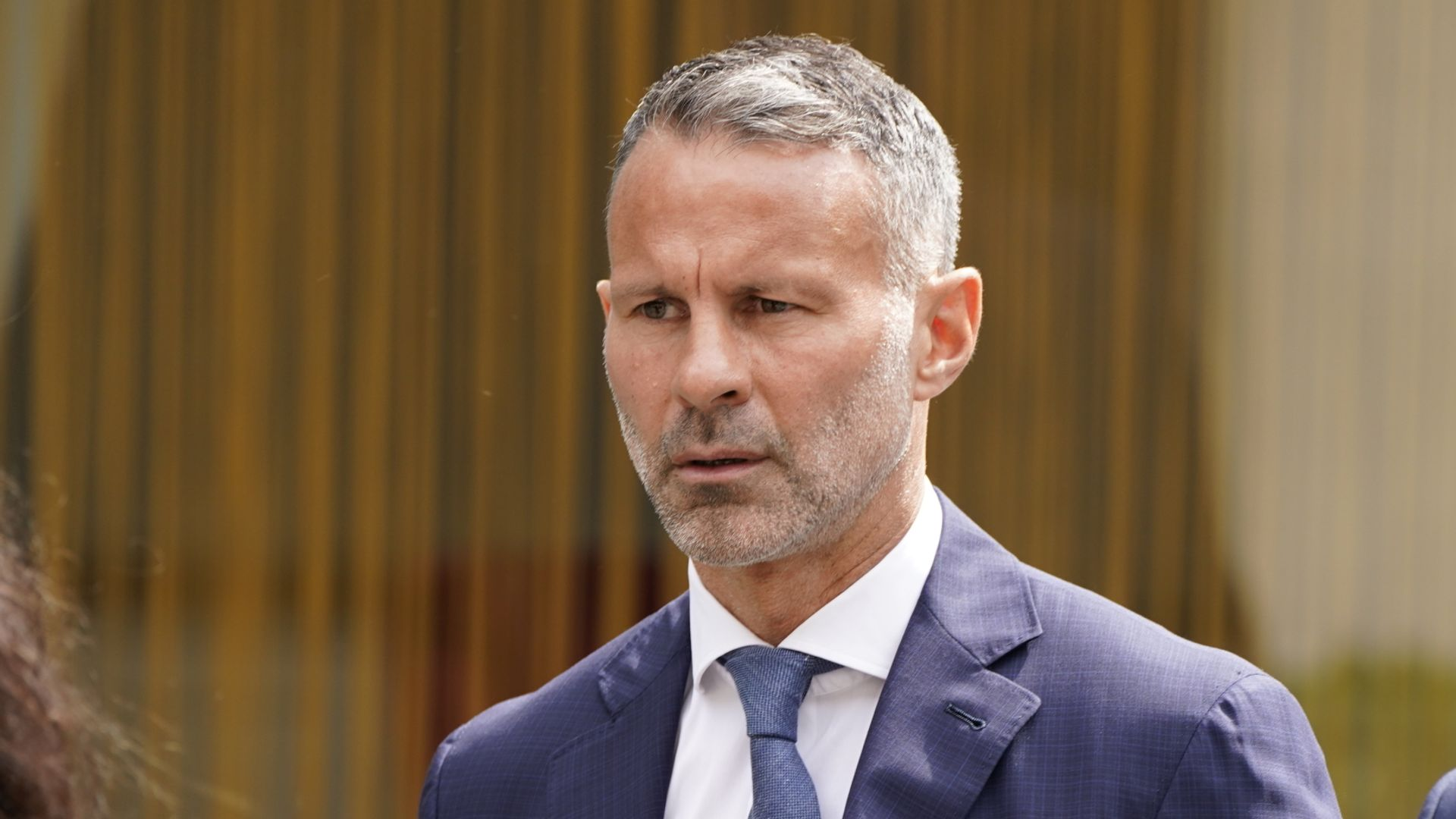 Giggs 'kicked ex in back, threw her out of hotel room'