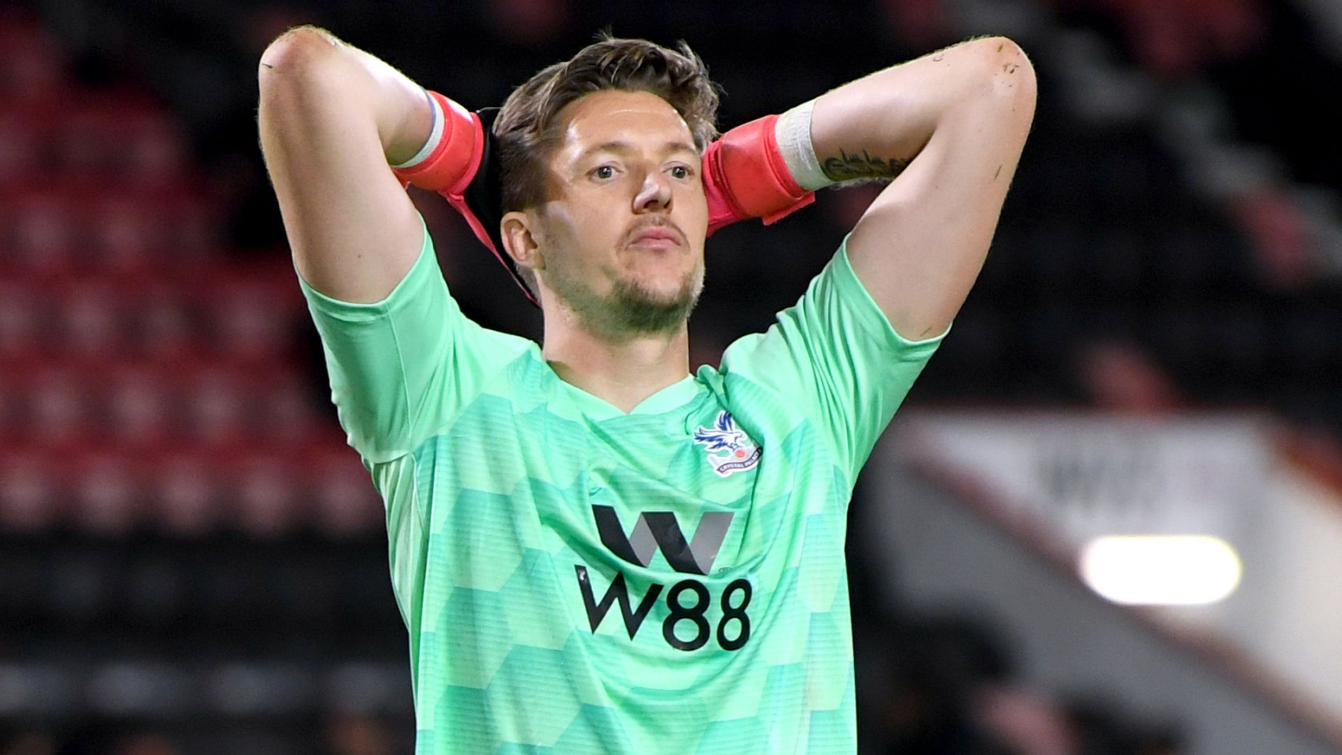Hennessey expected to join Burnley after Palace exit