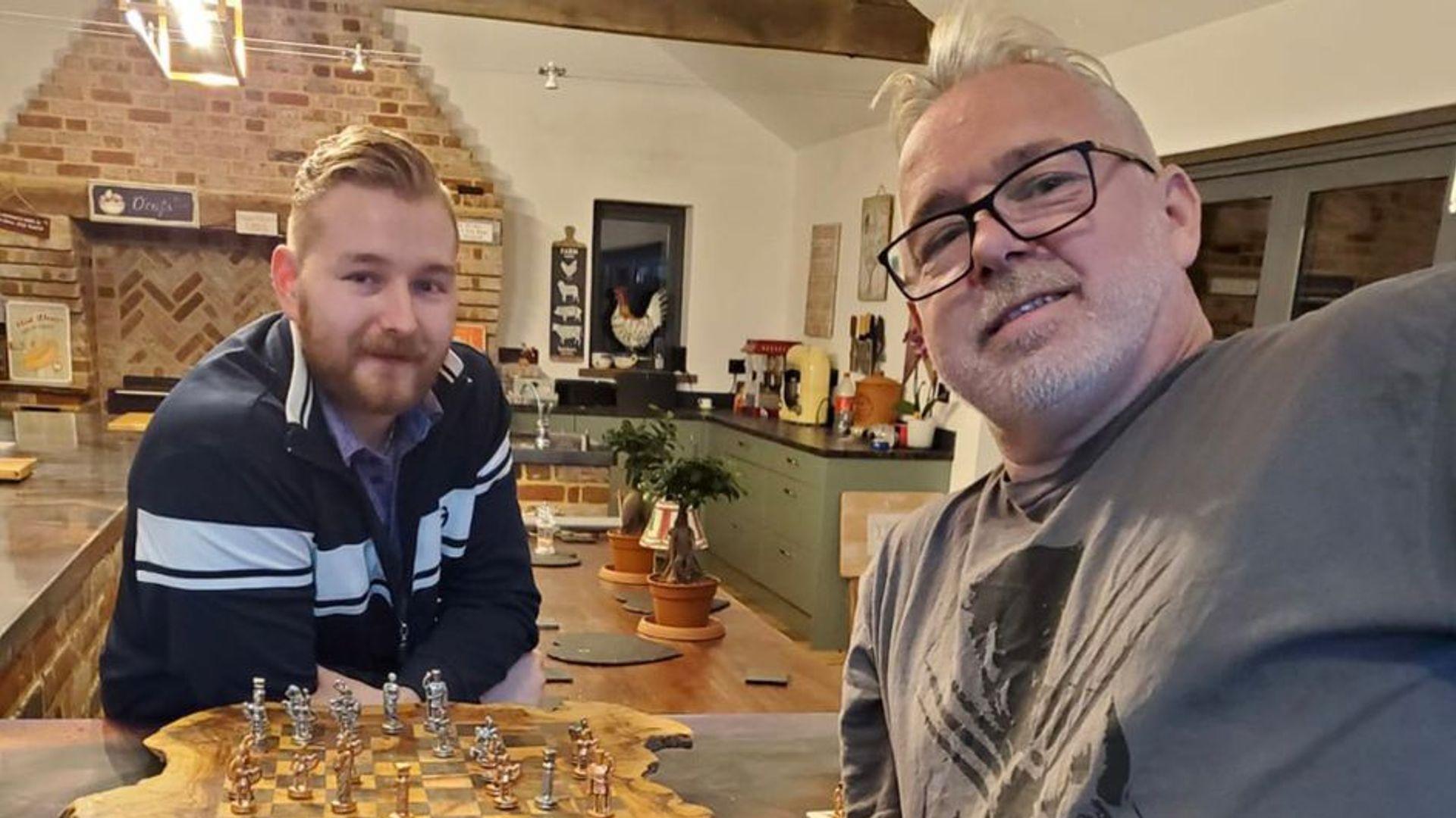 Wright vs Van den Bergh: History beckons for former housemates