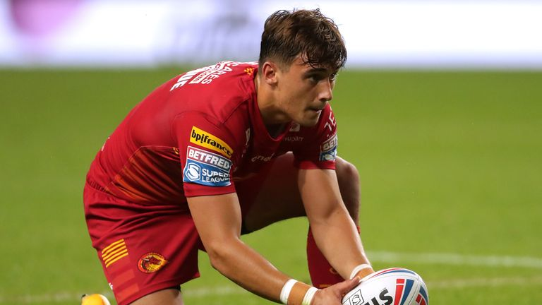 Arthur Mourgue scored one try and kicked five conversions as Catalans Dragons came from behind to beat Leeds Rhinos
