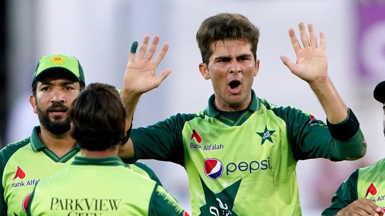 Shaheen Afridi struck early for Pakistan to remove Dawid Malan