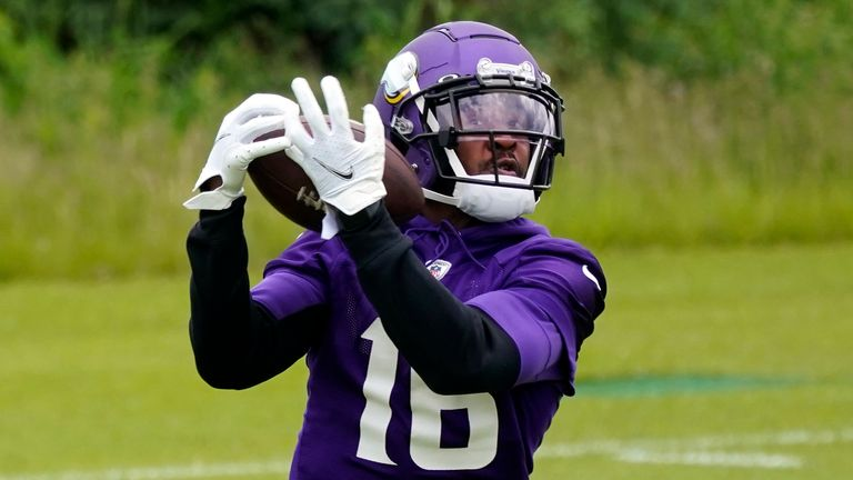 Vikings wide receiver Whop Philyor catches in practice this offseason (AP)