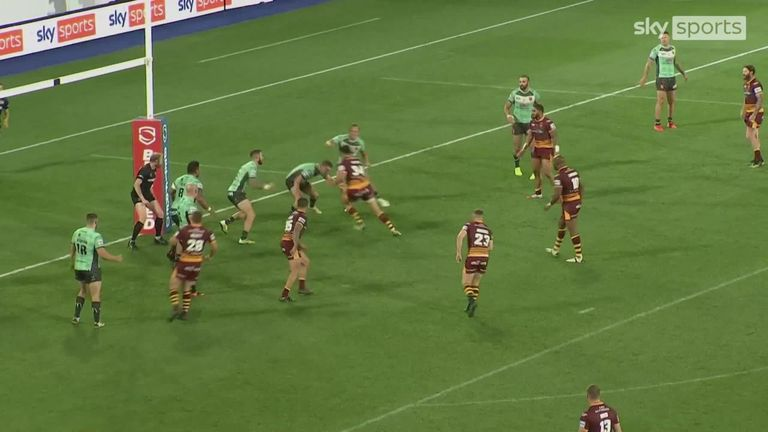 Highlights from the Super League clash between Huddersfield Giants and Hull KR