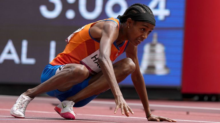 Netherlands' Sifan Hassan falls in the last lap of her 1500m heat but still comes back to win at the Olympic Stadium in Tokyo (Credit: BBC Sport)