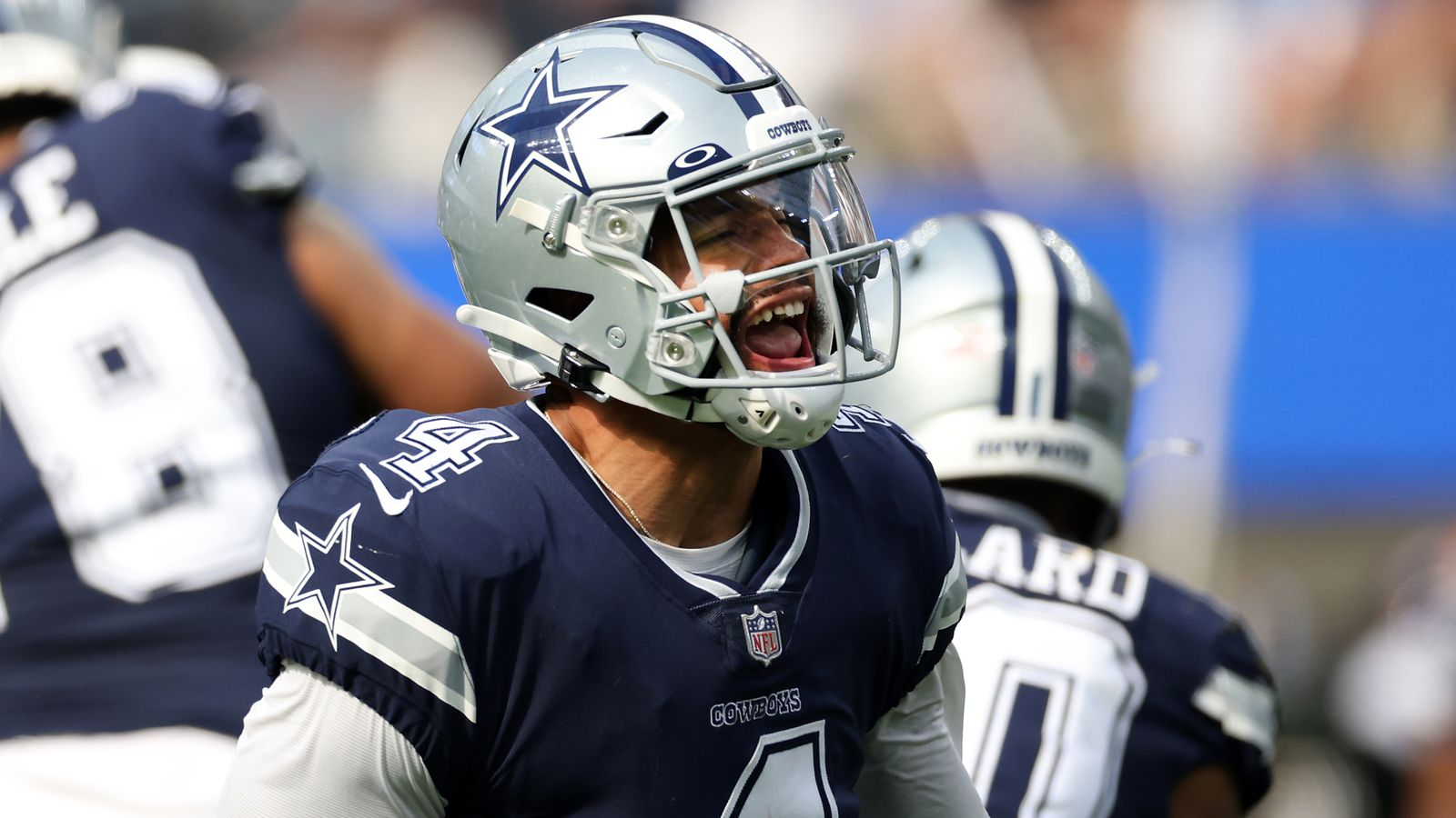 Dallas Cowboys 20-17 Los Angeles Chargers: Greg Zuerlein kicks game-winning field goal as time expires