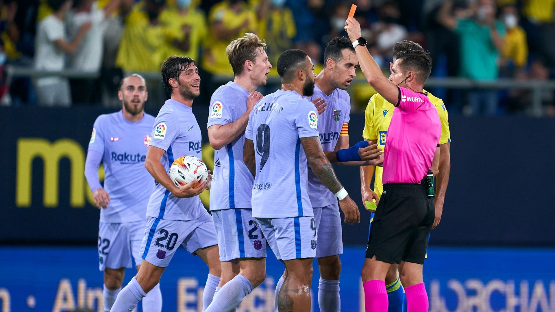 Ten-man Barca held at Cadiz as Koeman sees red