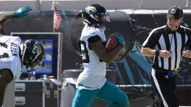 Jacksonville Jaguars wide receiver Jamal Agnew returns a 68-yard field goal try for a 109-yard touchdown!