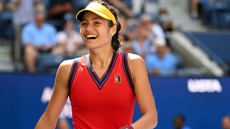 Former British player Barry Cowan praises Emma Raducanu's mental strength after the 18-year-old reached the US Open semi-finals