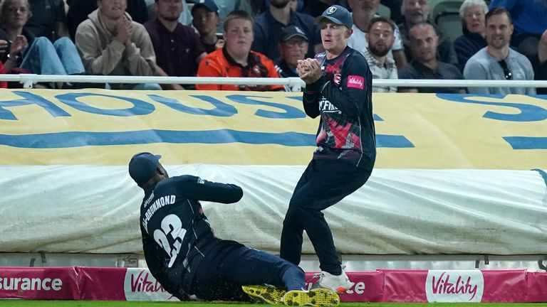 Cox thought he had caught Somerset's Will Smeed in the Vitality Blast final - but a six was given instead!