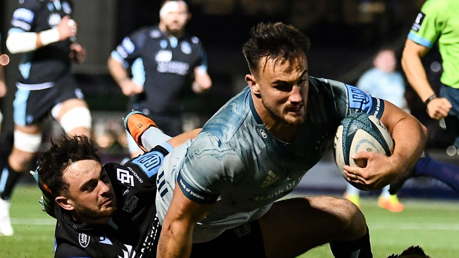 Friday's United Rugby Championship: Leinster win at Glasgow Warriors; Scarlets beat Benetton