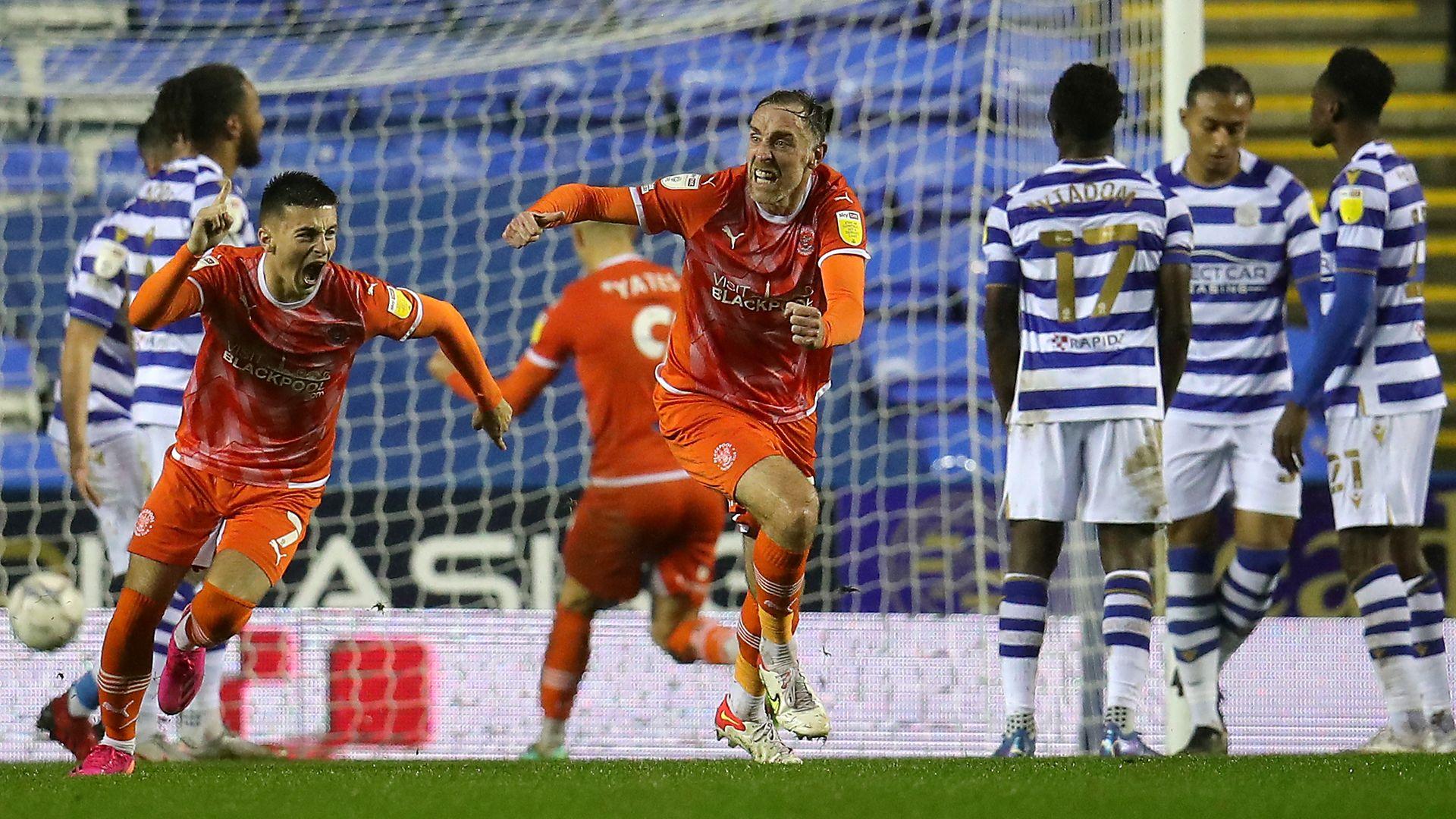 Blackpool battle back to stun Reading