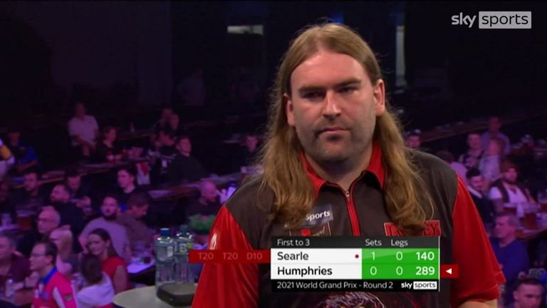 Watch as Ryan Searle hits a 140 and 152 checkout against Luke Humphries at the World Grand Prix